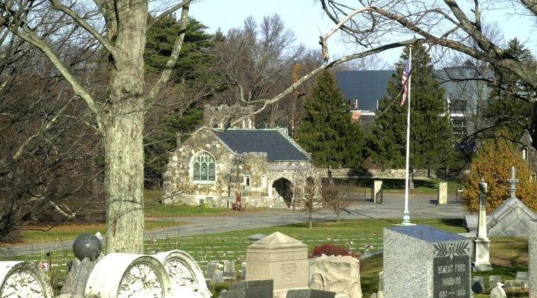1200px-mount_hope_cemetery_boston_ma_01