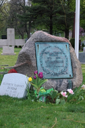 paul_laurence_dunbar_gravestone